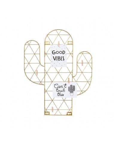 Aukso spalvos sieninis nuotraukų laikiklis kaktusas su prikabintais užrašais